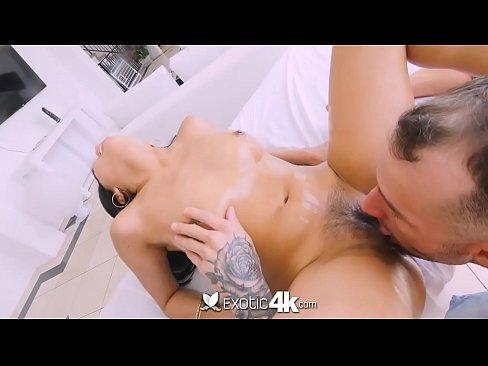 Filme Porno Bunaciuni Tinere Care Sunt Penetrate In Gaoz