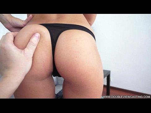 Filme Xxl De Comedie Porno Cu Un Futai In Gura Blondei