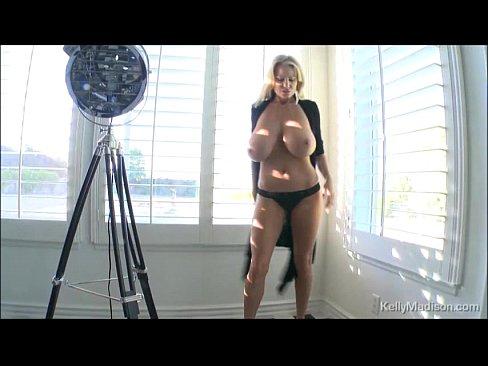 http://img-egc.xvideos.com/videos/thumbslll/f8/0d/15/f80d154c9d025cbc6ce3602149fd297f/f80d154c9d025cbc6ce3602149fd297f.16.jpg
