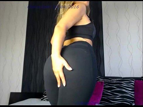 Videos de Sexo Video de sexo loirassa espetacular fazendo striptease na webcam para os marmanjos
