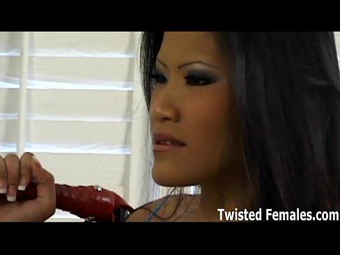 Worshipping japanese amazon femdom clip